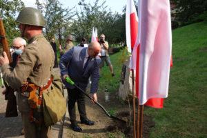 Uroczystość odsłonięcia tablicy pamięci Kapelanów Katyńskich w Grodowcu